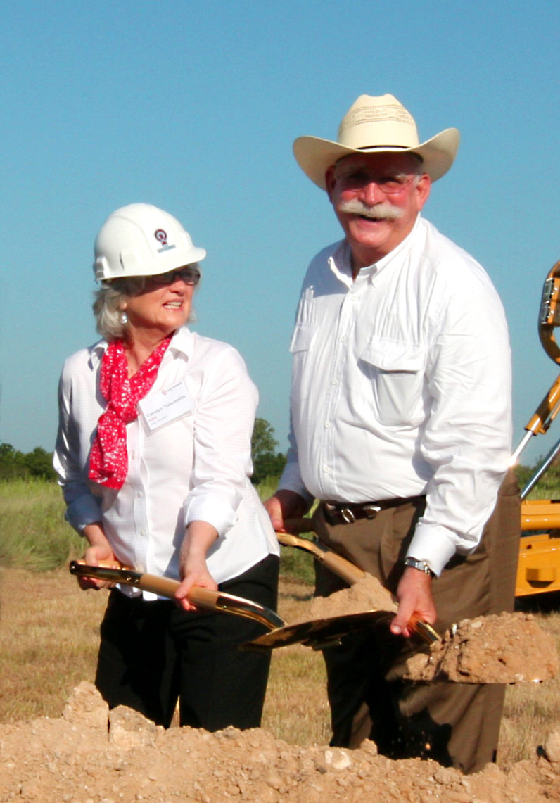 Ron carolyn breaking ground 1