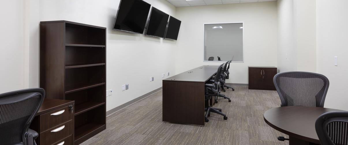 100 img h2 office
